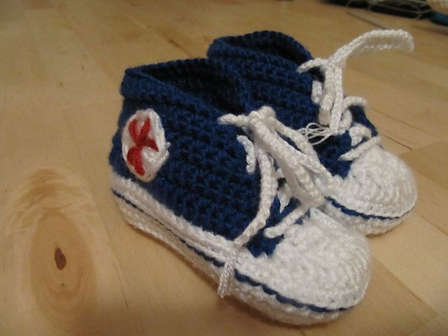 Ravelry  Crochet Baby Converse pattern by Suzanne Resaul  d949a5f5d