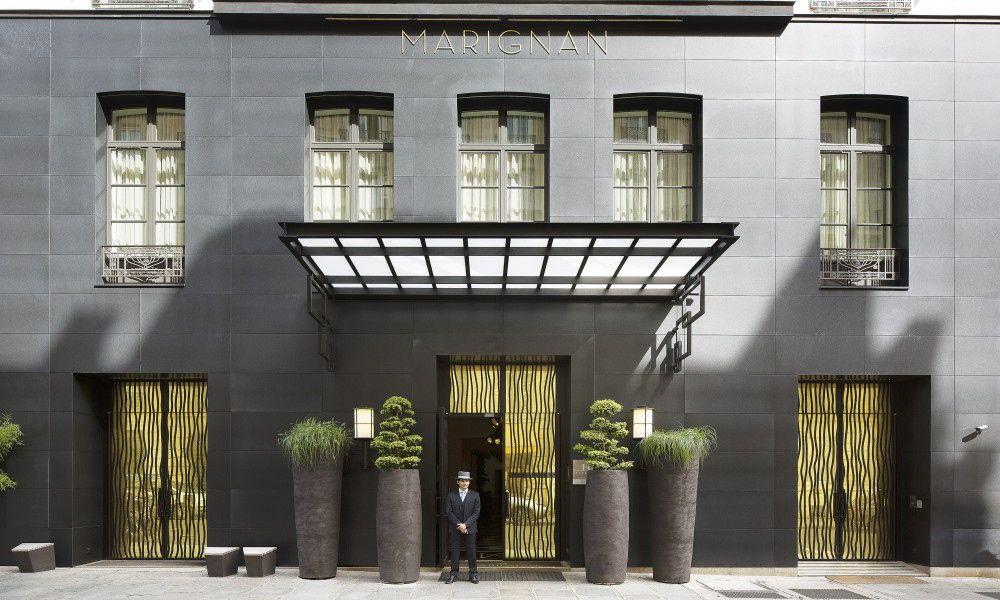 Il y a quelques semaines, j'ai passé un week-end sur Paris. J'ai eu l'occasion de séjourner à l'hôtel Marignan Elysées, à 2 pas des Champs-Elysées.