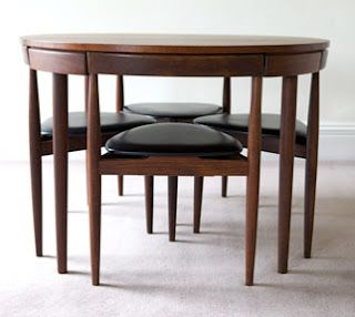 Space-saving mid 20th century table and chairs.
