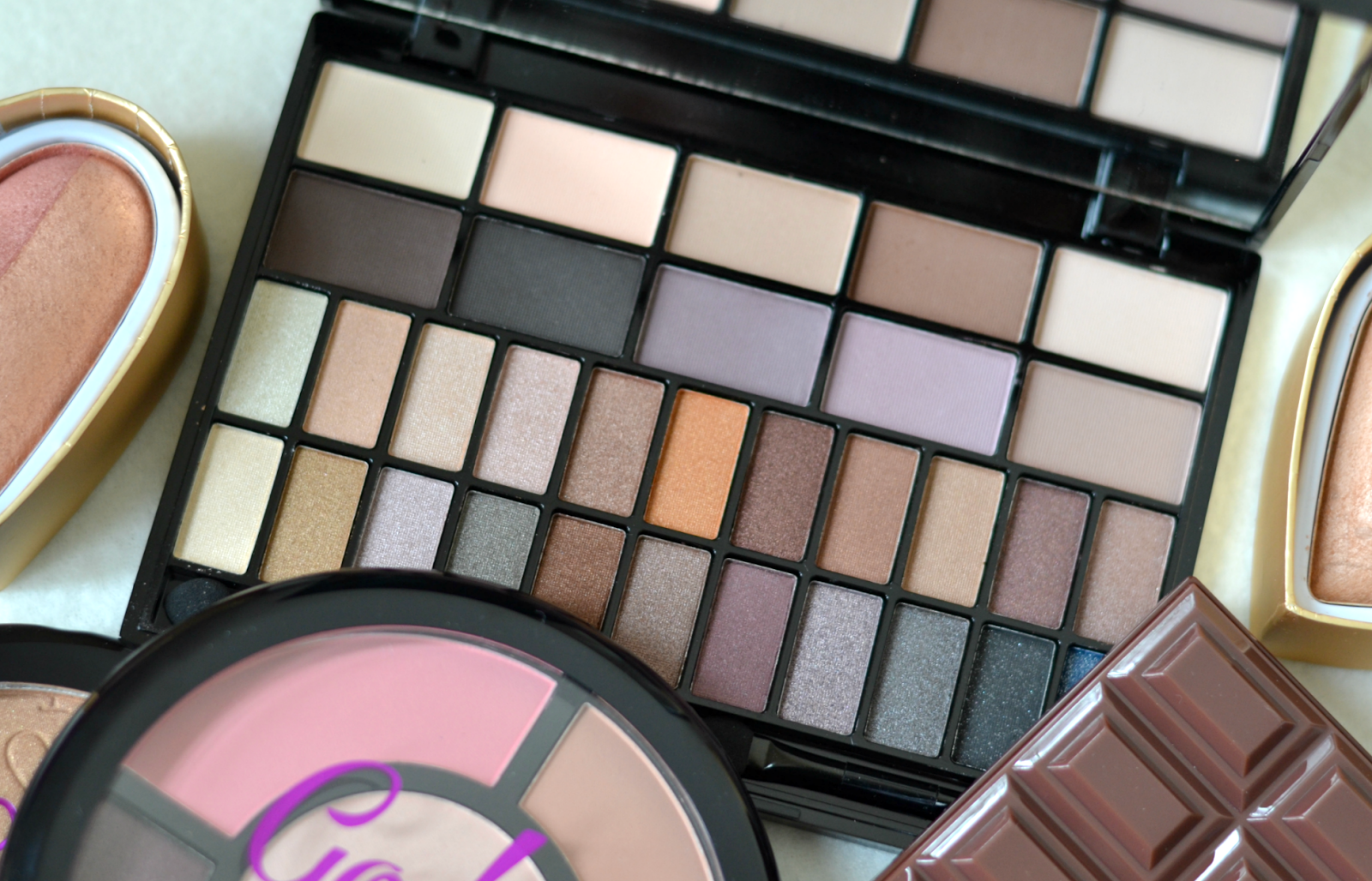 COMPETITION Makeup Revolution, The Ultimate Budget Beauty