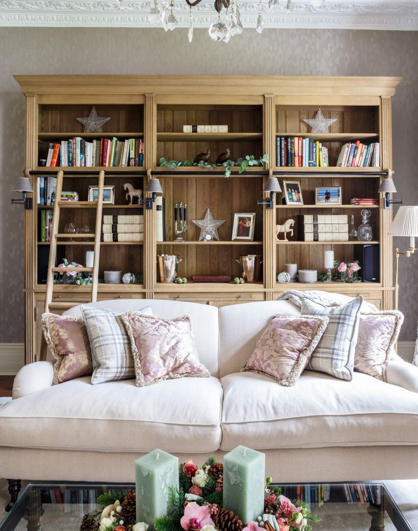 Neutral Traditional Living Room With Log Fireplace: Neutral Traditional Living Room With Oak Bookcase
