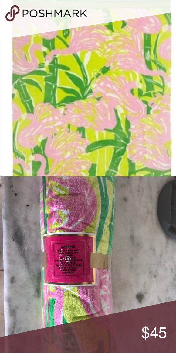 e57eee18dc6b1 Lilly Pulitzer Target beach towel flamingo NEW New in package Lilly Pulitzer  for Target Accessories