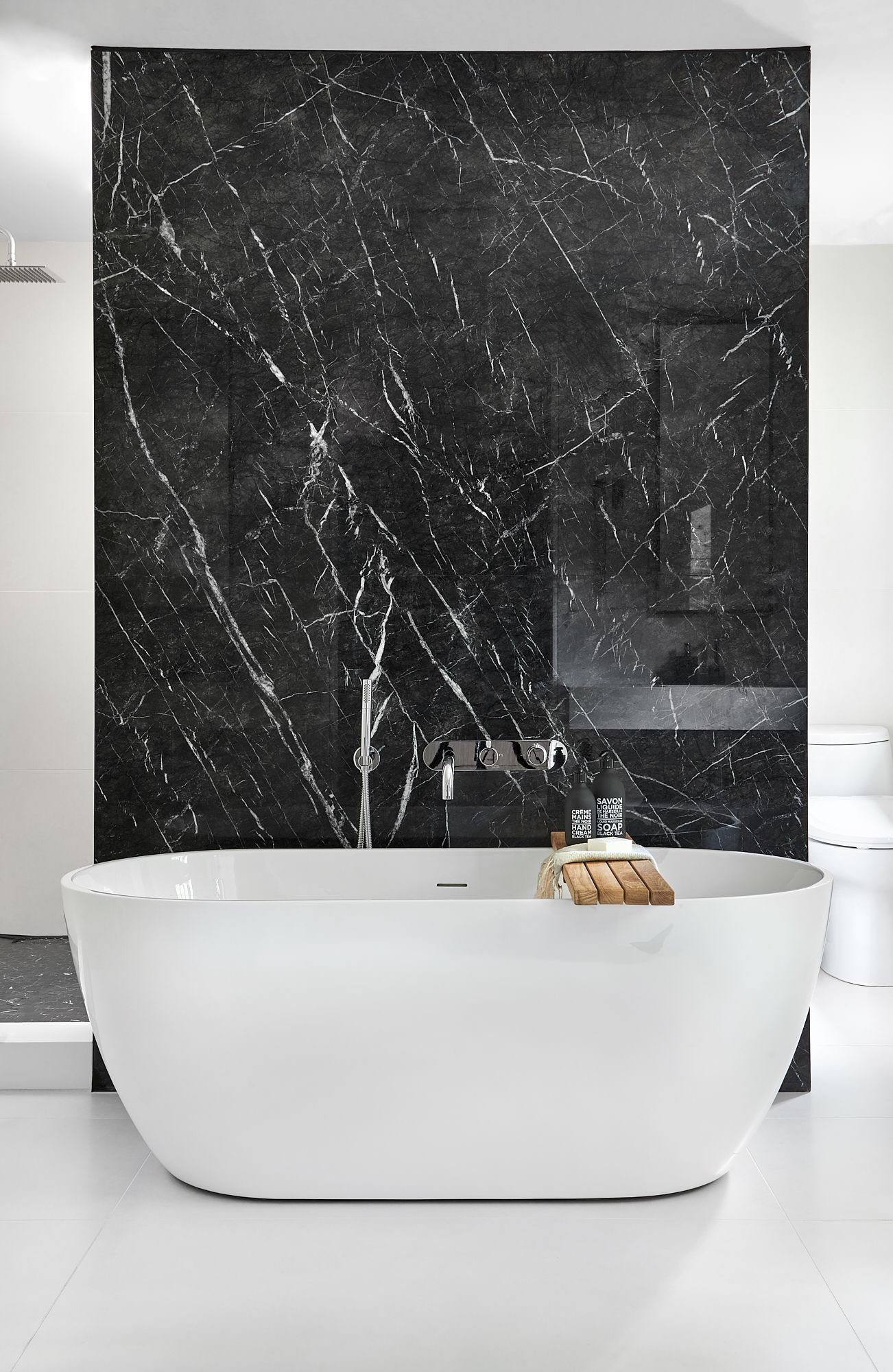 Master Ensuite Bath Tub With Porcelain Black Marble Feature Wall Marble Shower Walls Free Standing Bath Tub Marble Tile Bathroom