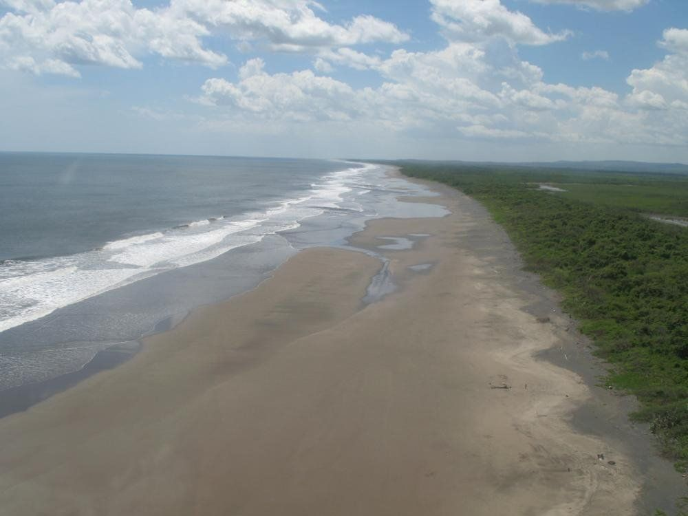 GREAT INVESTMENT OPPORTUNITY IN ONE OF THE BEST BEACHES IN Leon CITY Nicaragua.   7Emirate