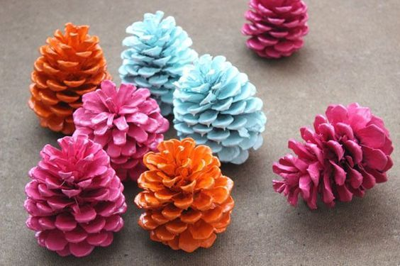 Turn Pine Cones Into Amazing Stuff With These Projects