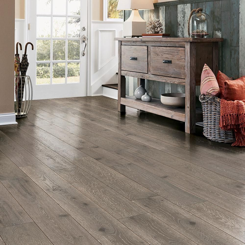 Bruce Revolutionary Rustics White Oak Warmth 1 2 In T X 7 1 2 In W X Varying L Engineered Hardwood Flooring 25 7 Sq Ft Eakhd75l413 The Home Depot Engineered Hardwood Flooring Hardwood Floors Engineered Hardwood