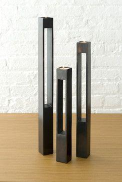Design Parallel Stem Candle Pedestals