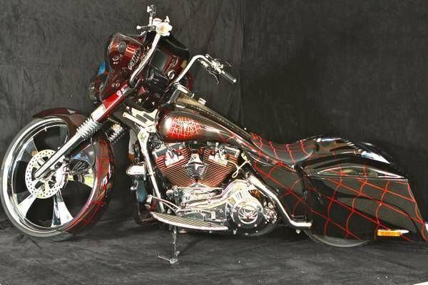 custom harley davidson bagger that began as a 2003 road king with a rh pinterest com