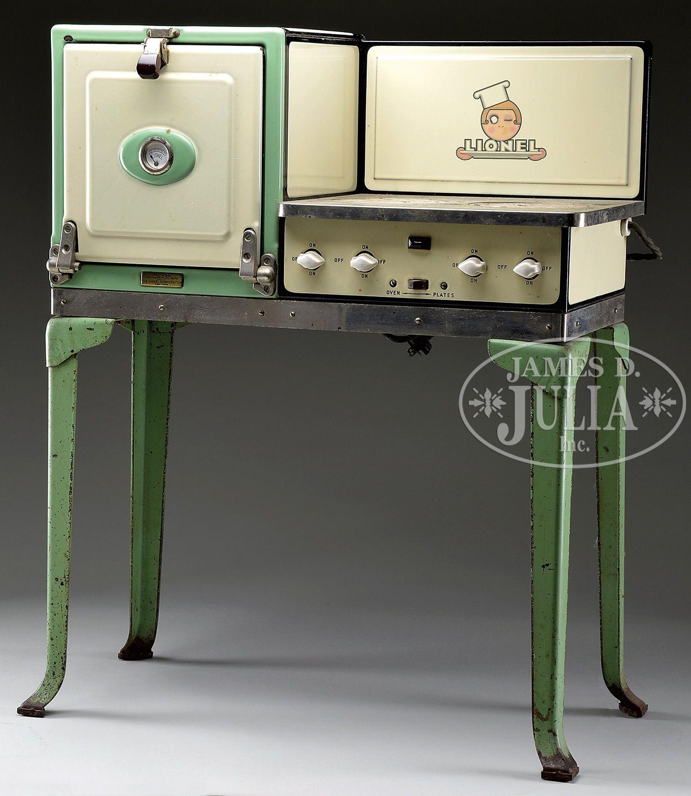 Retro Kitchen Stoves: LIONEL ELECTRIC STOVE.