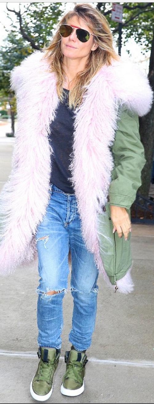 Heidi Klum wearing !iTEM