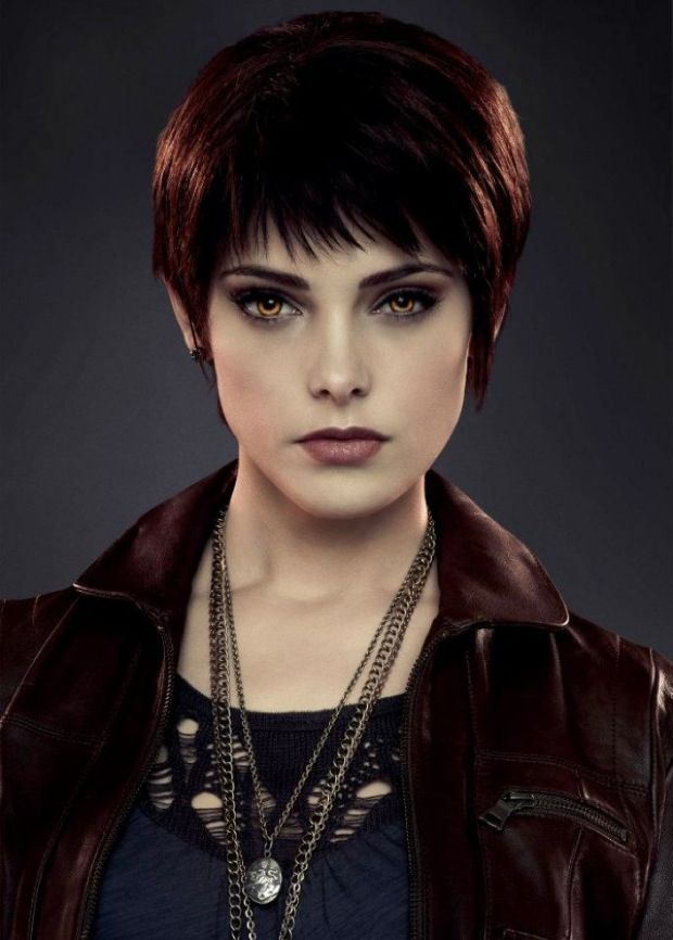 Alice Cullen love her hair... I wanna chop my hair off like this!