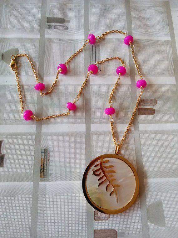 Pink Agate Gemstone Necklace. Gold Leaf Round by GraceLillyDesigns