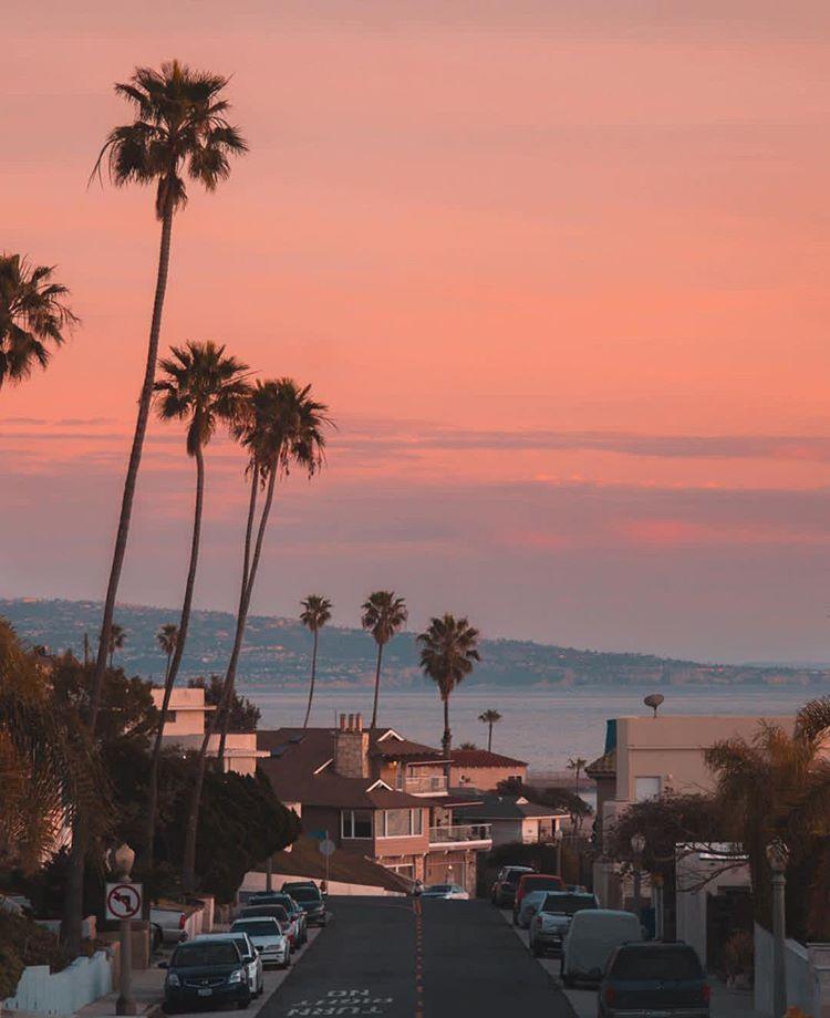 Sunset In La California Credits Debodoes