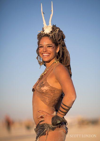 beautiful naked women burningman