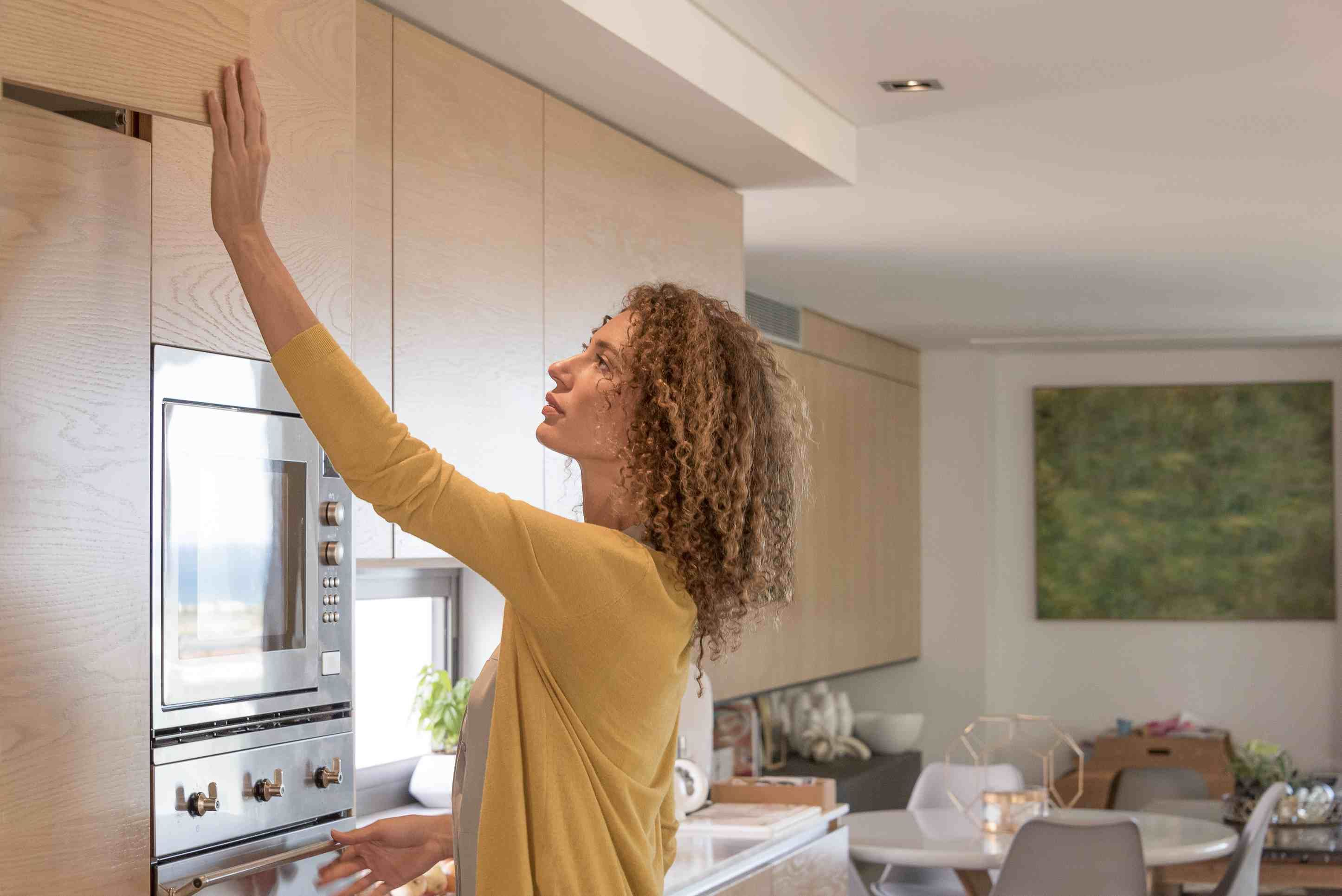 How To Know If Your Kitchen Cabinets Should Go To The Ceiling Kitchen Cabinets Trim Upper Kitchen Cabinets Kitchen Cabinets