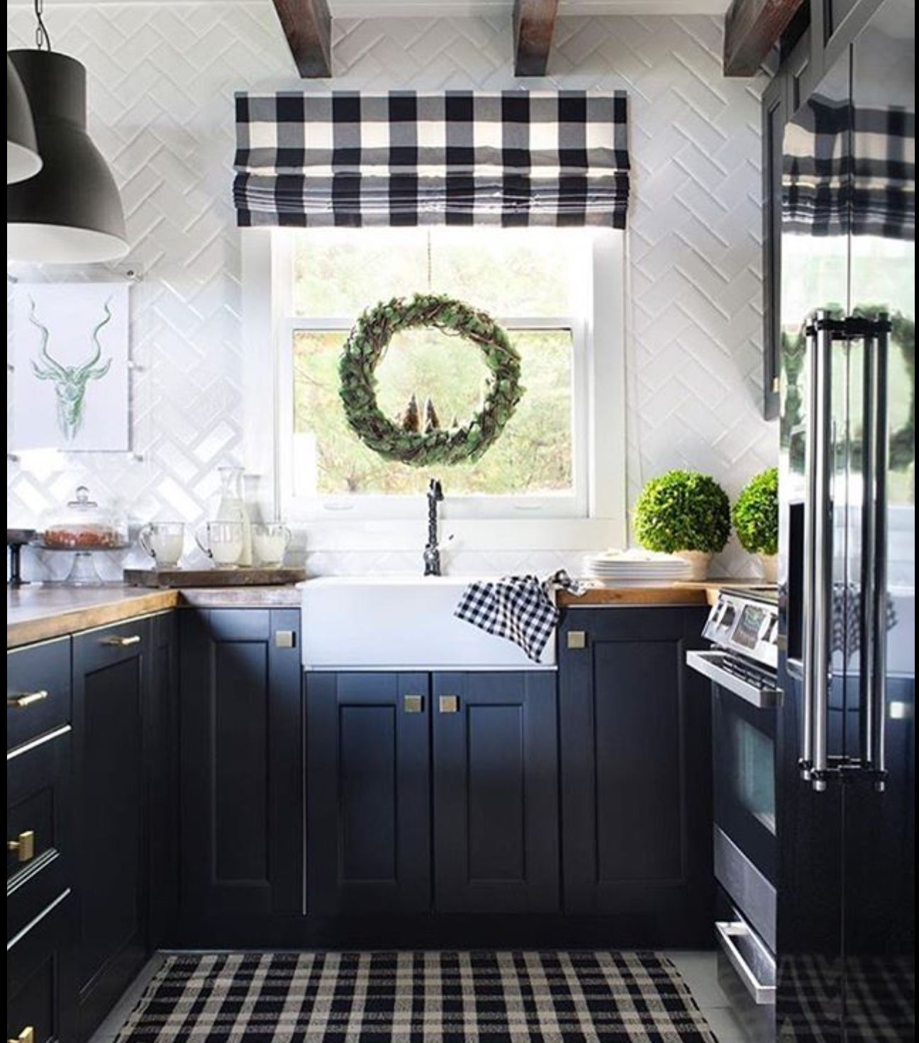 Hickory Kitchen Cabinets Canada Pin By Adam On Canada Compound Farmhouse Kitchen