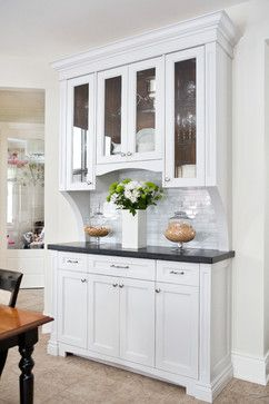 Transitional Kitchen Renovation Located In Burlington Ontario