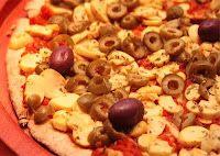 Pizza de Champignon com Azeitonas