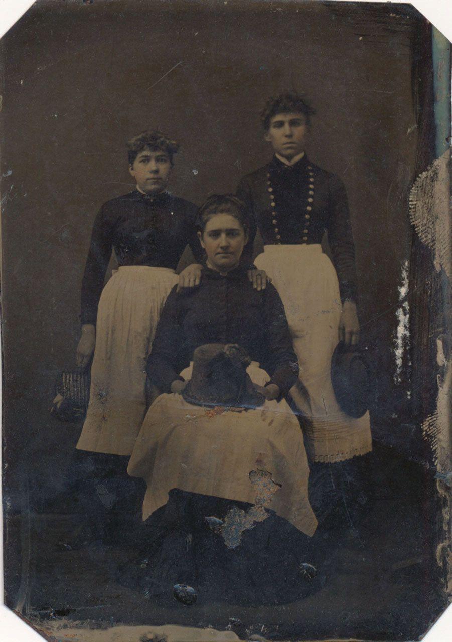 Faces of the Victorian Era : Photo