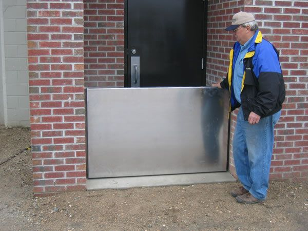 Lift Out Flood Barrier Flood Protection Ideas Pinterest Flood