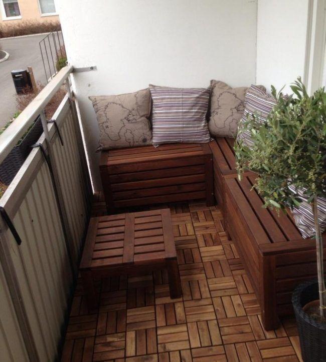 balkon-gestaltung-holz-bodenfliesen-ikea-holz-sitzbank-dekokissen - Karen #smallbalconyfurniture
