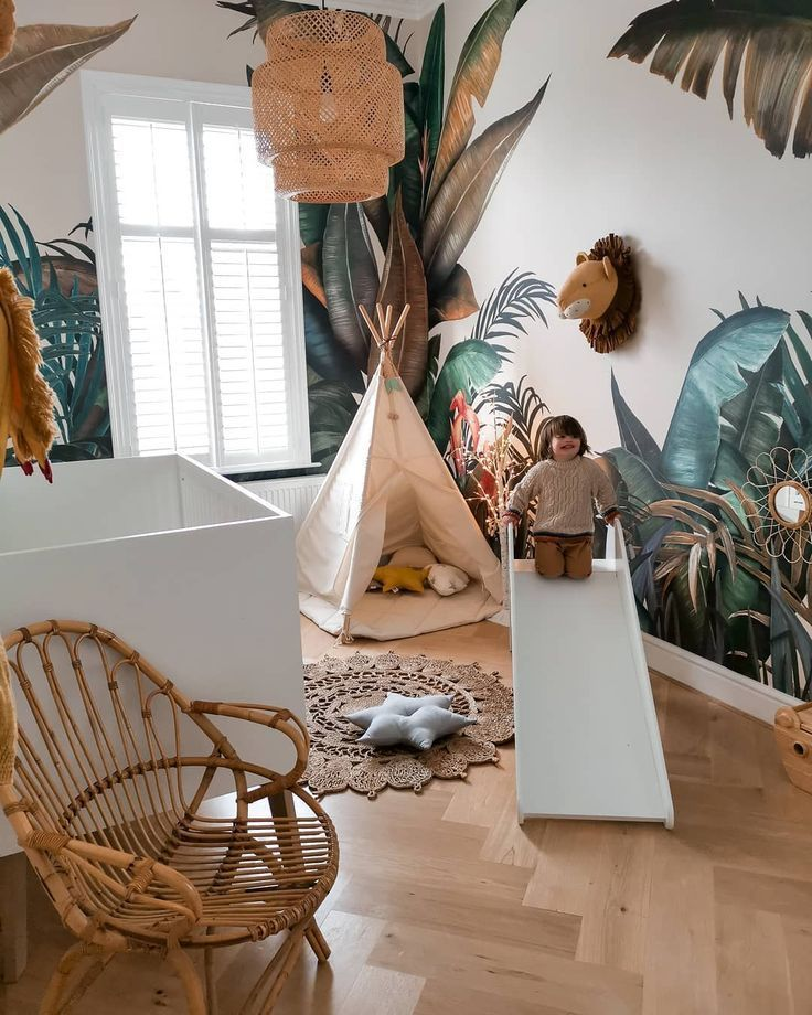 , #Mural #Popular #Tropical #wall Tropical wallpaper in the kid's room, beautifully captured by Sally Fazeli @sallyfazelihome #tro, Family Blog 2020, Family Blog 2020