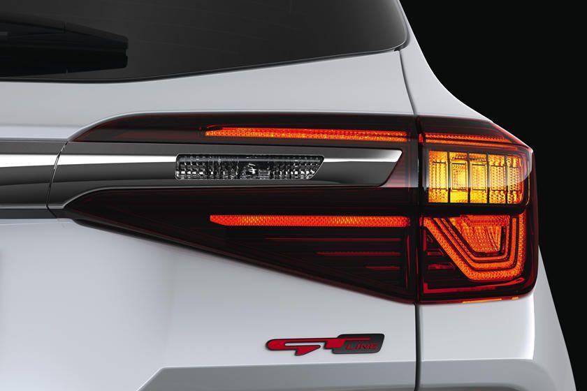 Say Hello To The Stylish 2020 Kia Seltos Kia Tail Light Transportation Design