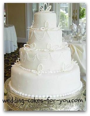 Elegant wedding cakes and ideas for all kinds of tiered fantasies
