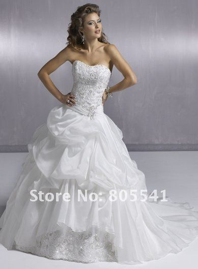 Beading Embroidery Ruched Wedding Gown