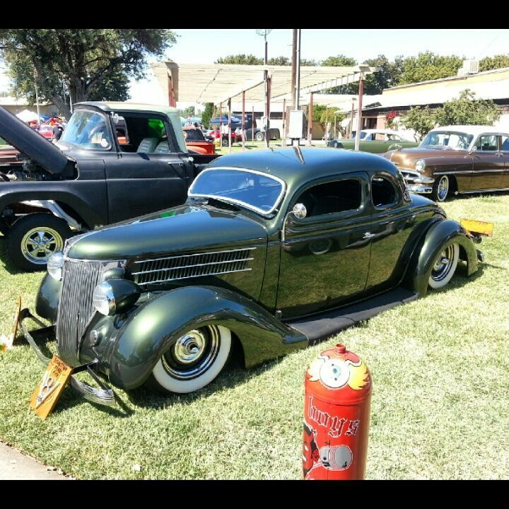1936 Ford at the Midnight Mass car show in Woodland. | missolaniuos ...