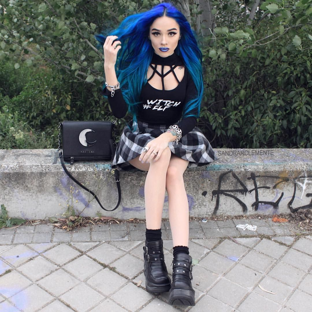 """2,296 Likes, 11 Comments - S🕷🕷N⠀⠀⠀⠀.🕸. (@sandrarclemente) on Instagram: """"✖️CLOTHING: @Rogueandwolf #WitchElf dress ✖️BOOTS: @Newrock_official 💀 ✖️LIPS: @Limecrimemakeup…"""""""