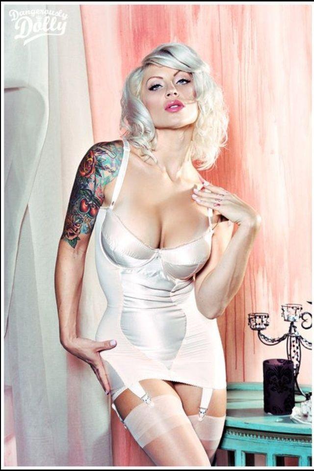 blonde tattoo model Bridget