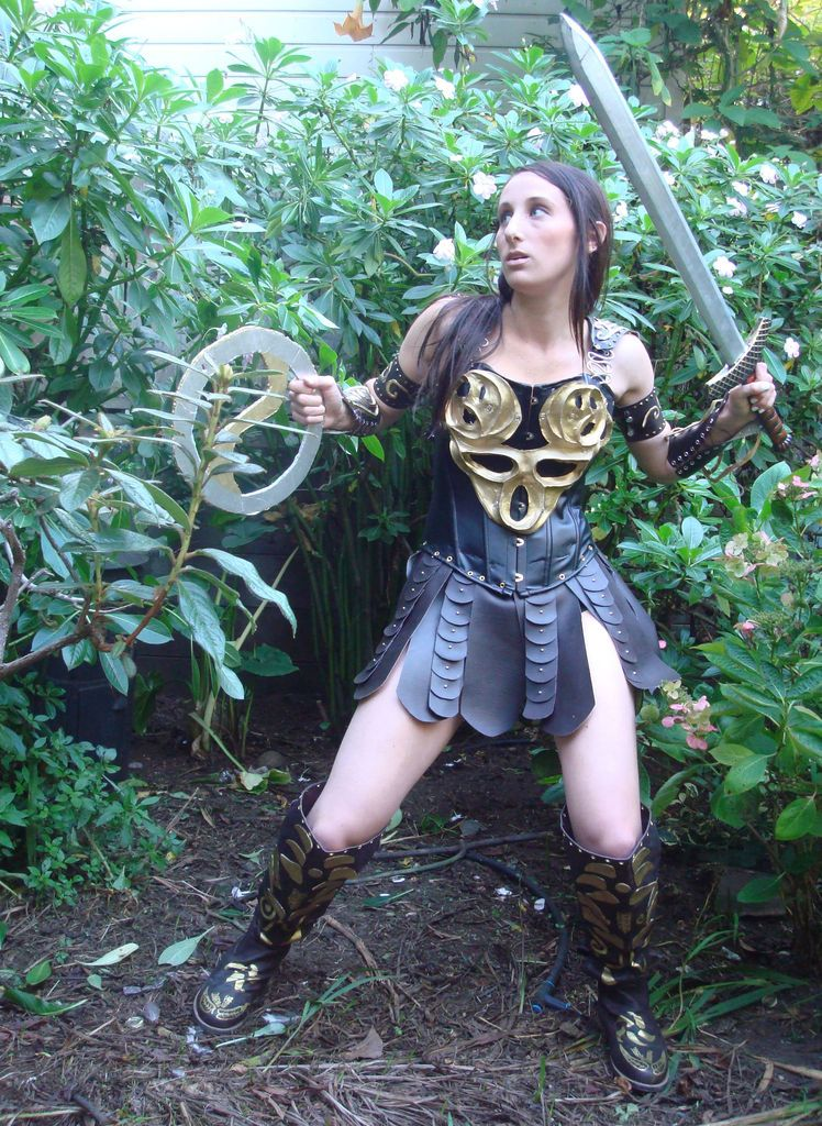 DIY xena costume. use the skirt tutorial and armbands for Wonder Woman