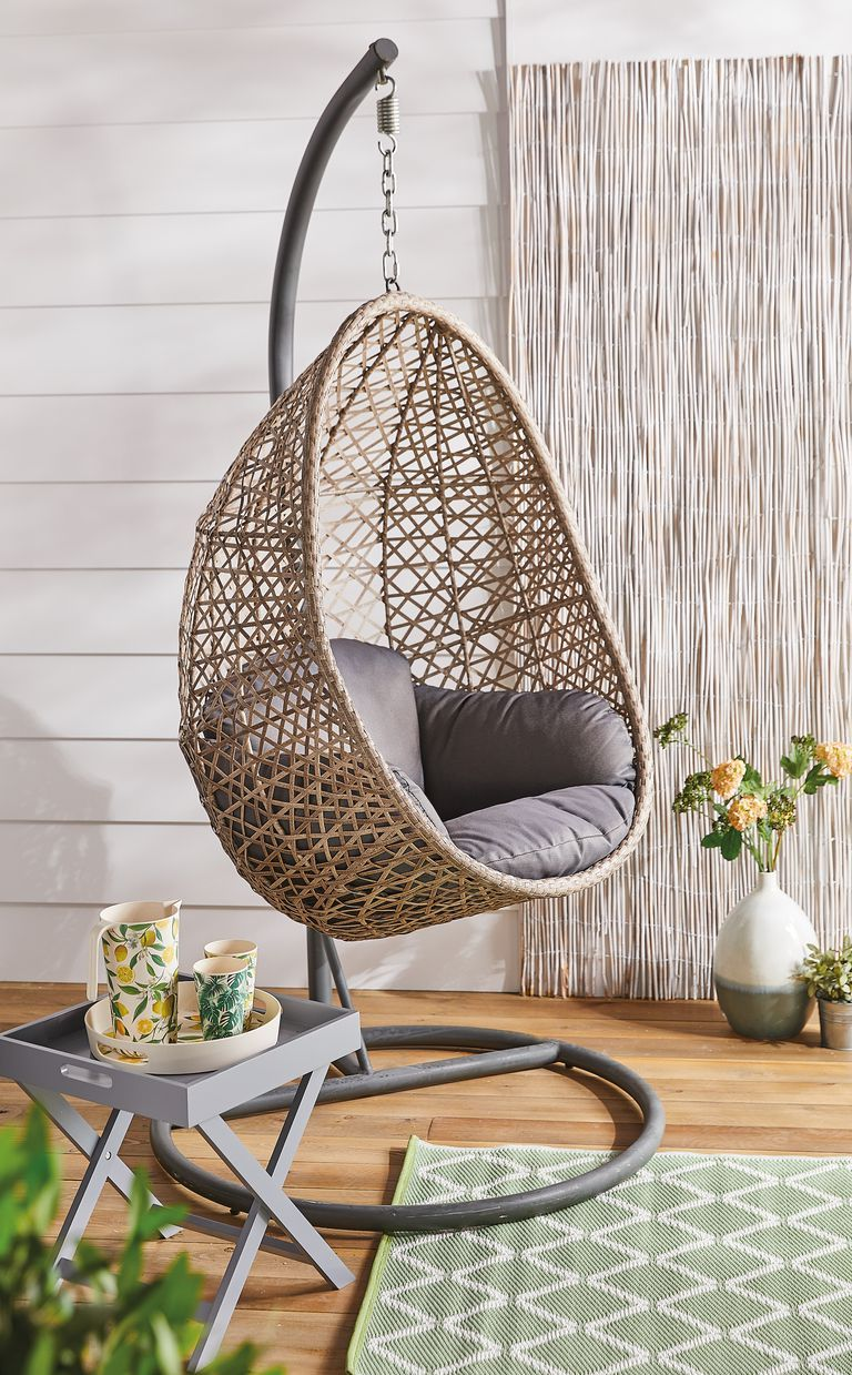 Aldi Is Selling A Hanging Egg Chair Hanging Egg Chair Hanging