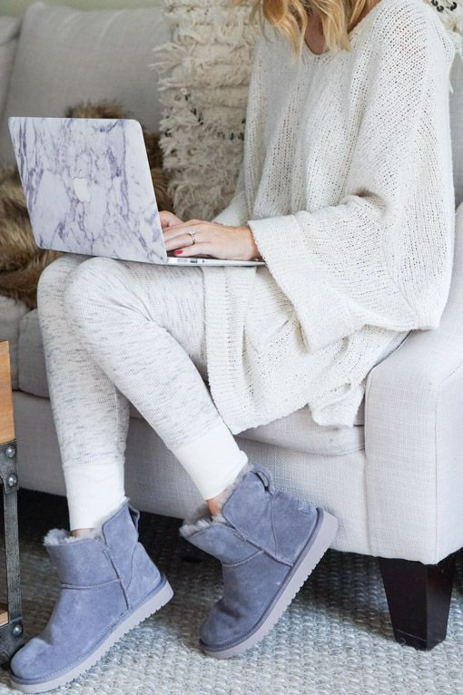bab1017e549 Style | STYLE || Cozy Layers | Ugg boots, Ugg boots outfit, Ugg ...
