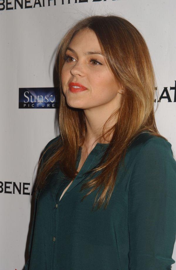 Picture of Aimee Teegarden