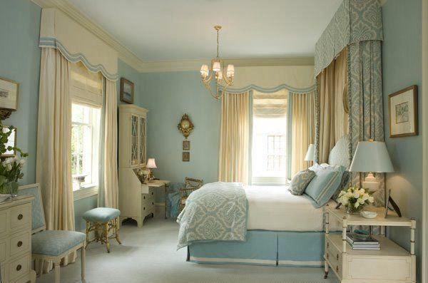 15 Gorgeous Blue and Gold Bedroom Designs Fit for Royalty Bedrooms