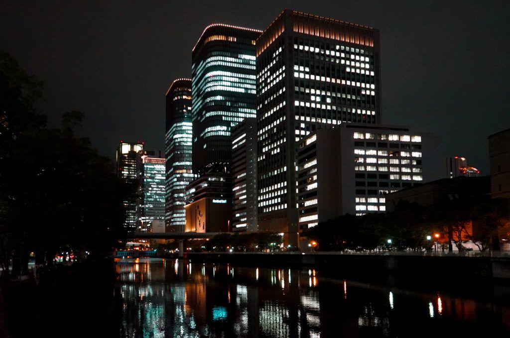 大阪中之島の夜景を楽しむコース 片道5km Play And Live 中之島 大阪 中之島 夜景