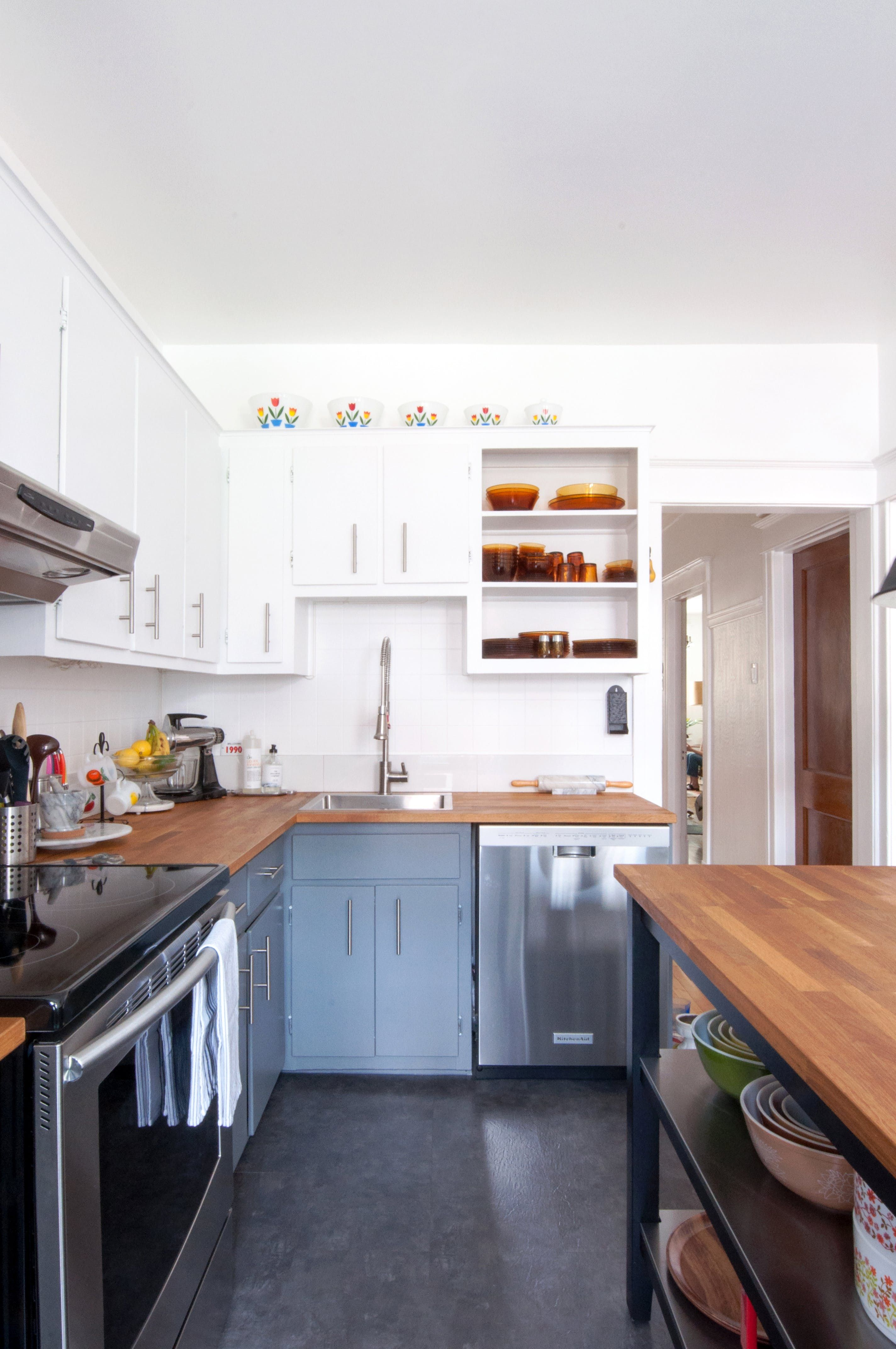 Tour an Old Montreal Duplex Renovated by Serious Thrifters ...