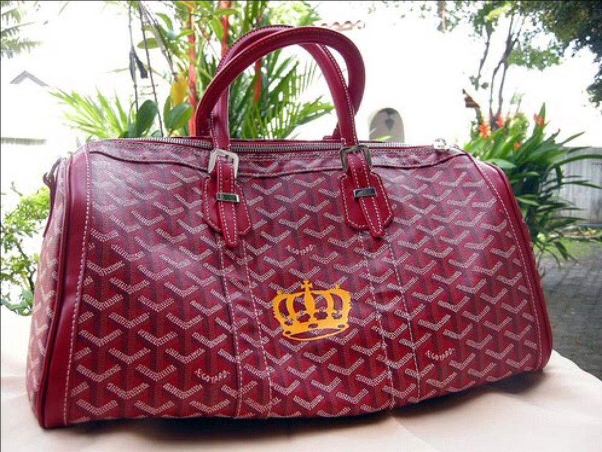 d229bea8885e You must show Goyard proof you are royalty in order to get the crown motif!