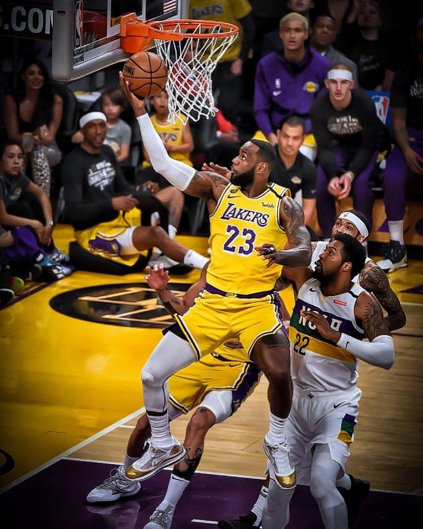 Halftime Lakers 64 Pelicans 58 Lebron James 15pts 4rebs 4asts Ad 14pts 7rebs 3blks Danny Green 9pts 4rebs 2asts Kcp In 2020 Lakers Lebron James Lebron