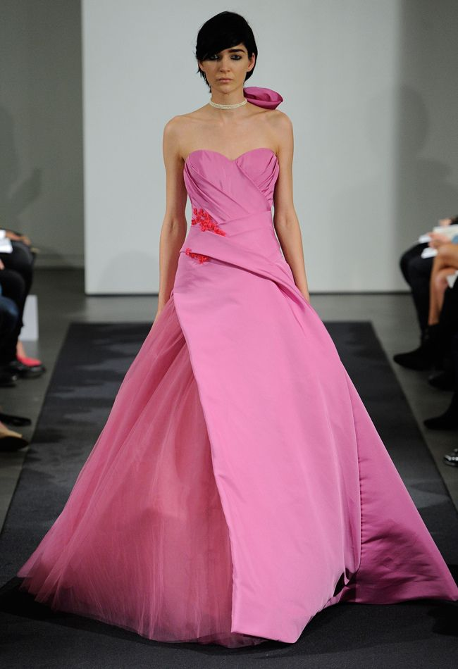 Vera Wang\'s Pretty Pink Fall 2014 Collection from Bridal Fashion ...