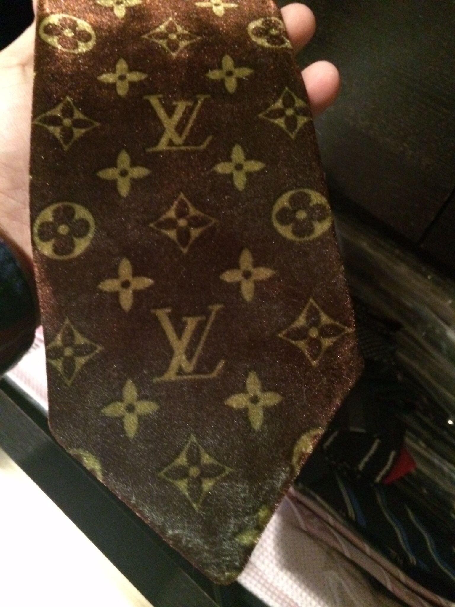 8a5a4758e57f Louis Vuitton classic monogram tie MEGA BUCKS   Louis Vuitton ties ...