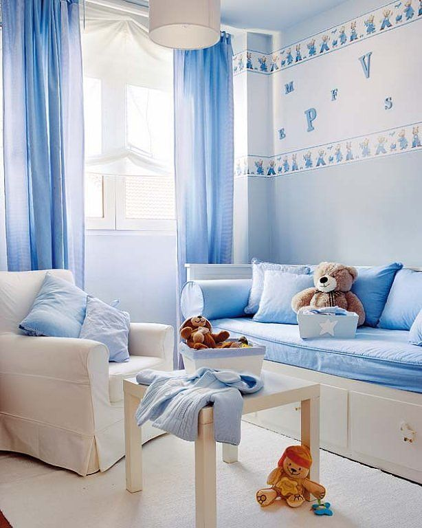 El azul celeste es todo un cl sico y combinado con blanco es perfecto si el suelo de la - Pintura habitacion bebe nina ...