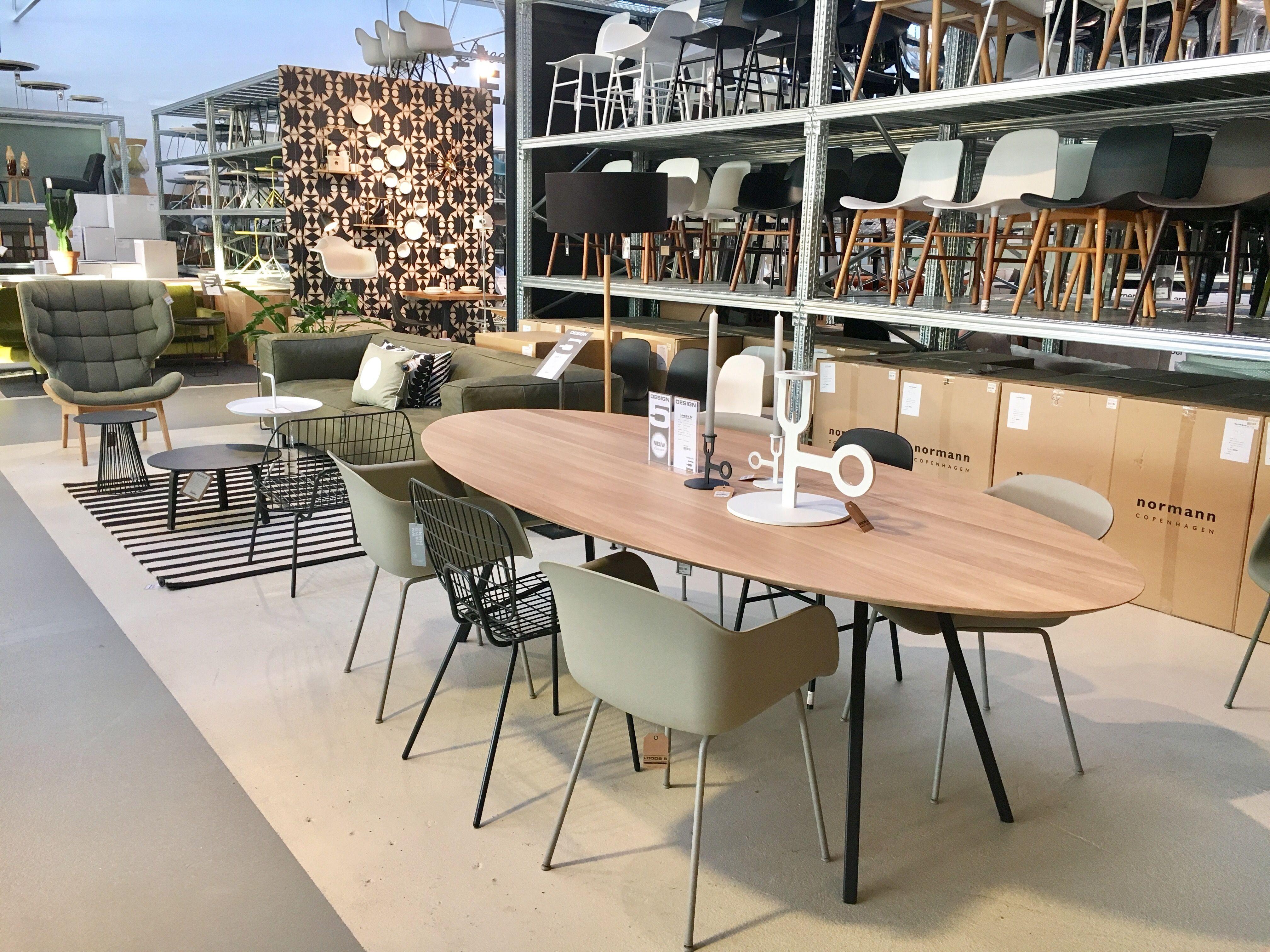 Mechelse Eetkamer Tafel.Pin Van Marina Van Mechelen Op Verbouwing Lente 2017 Ovale