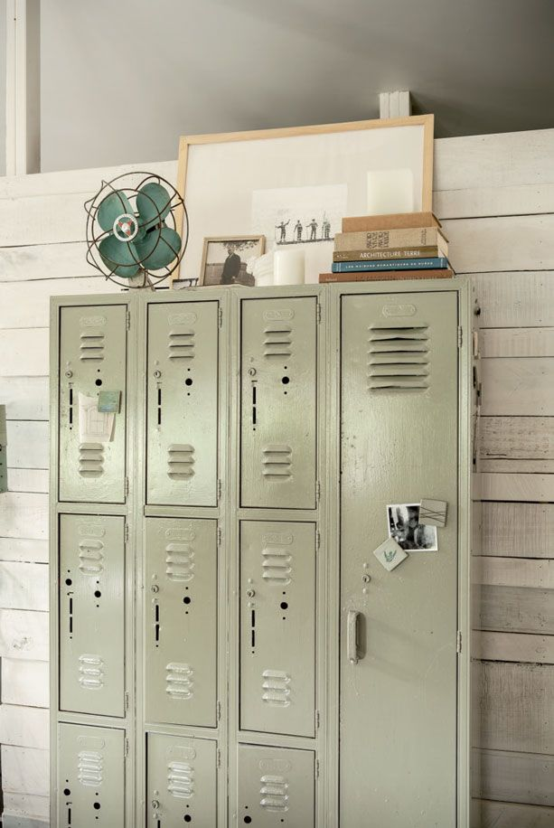 Pin By Anita Gonzales On Industrial Style Vintage Lockers Locker Storage Metal Lockers