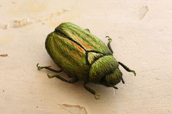 立体刺繍の昆虫のブローチ カナブン 立体 刺繍 カナブン ブローチ