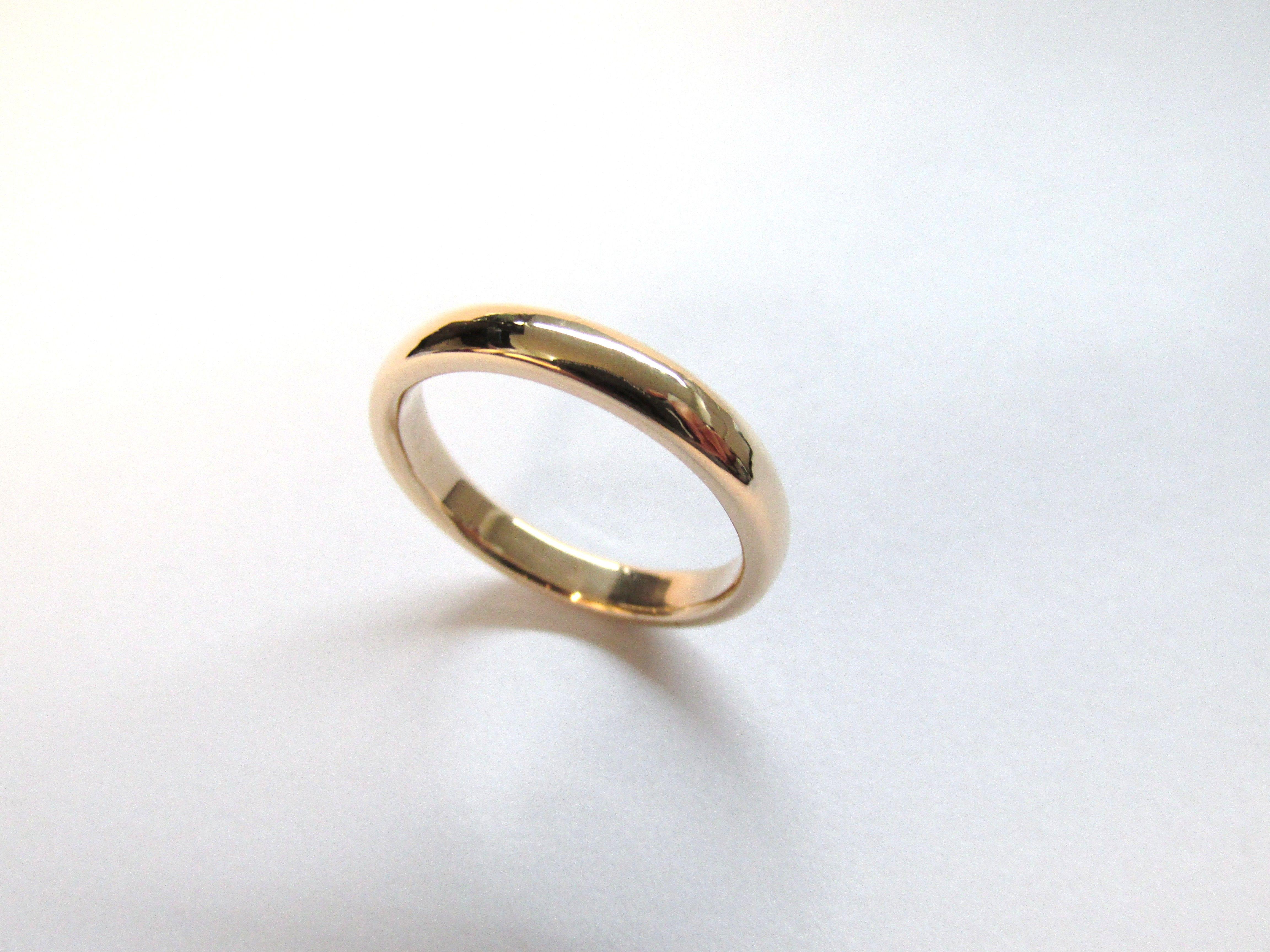 31991696be09 Argolla delgada y clásica en oro amarillo de 18k fabricada a mano. R697   duranjoyerosbogota