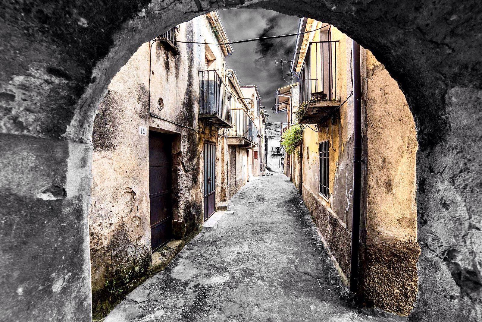 Polistena - Sotto l'arco