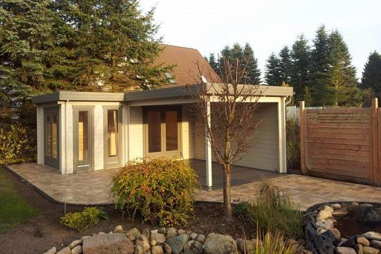 Kundenbild Flachdach Gartenhaus Modell Quinta44 ISO in